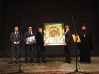 Передача иконы Казанскому храму г. Оса